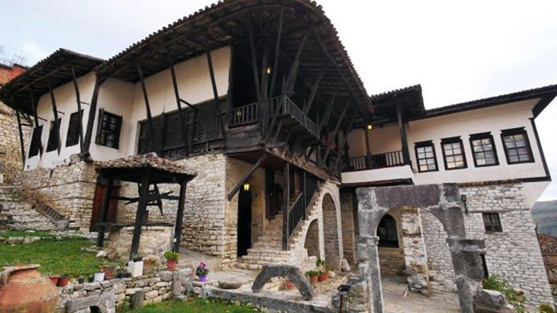 Day 1-Berat_0000s_0002_Ethnographic Museum -4-min