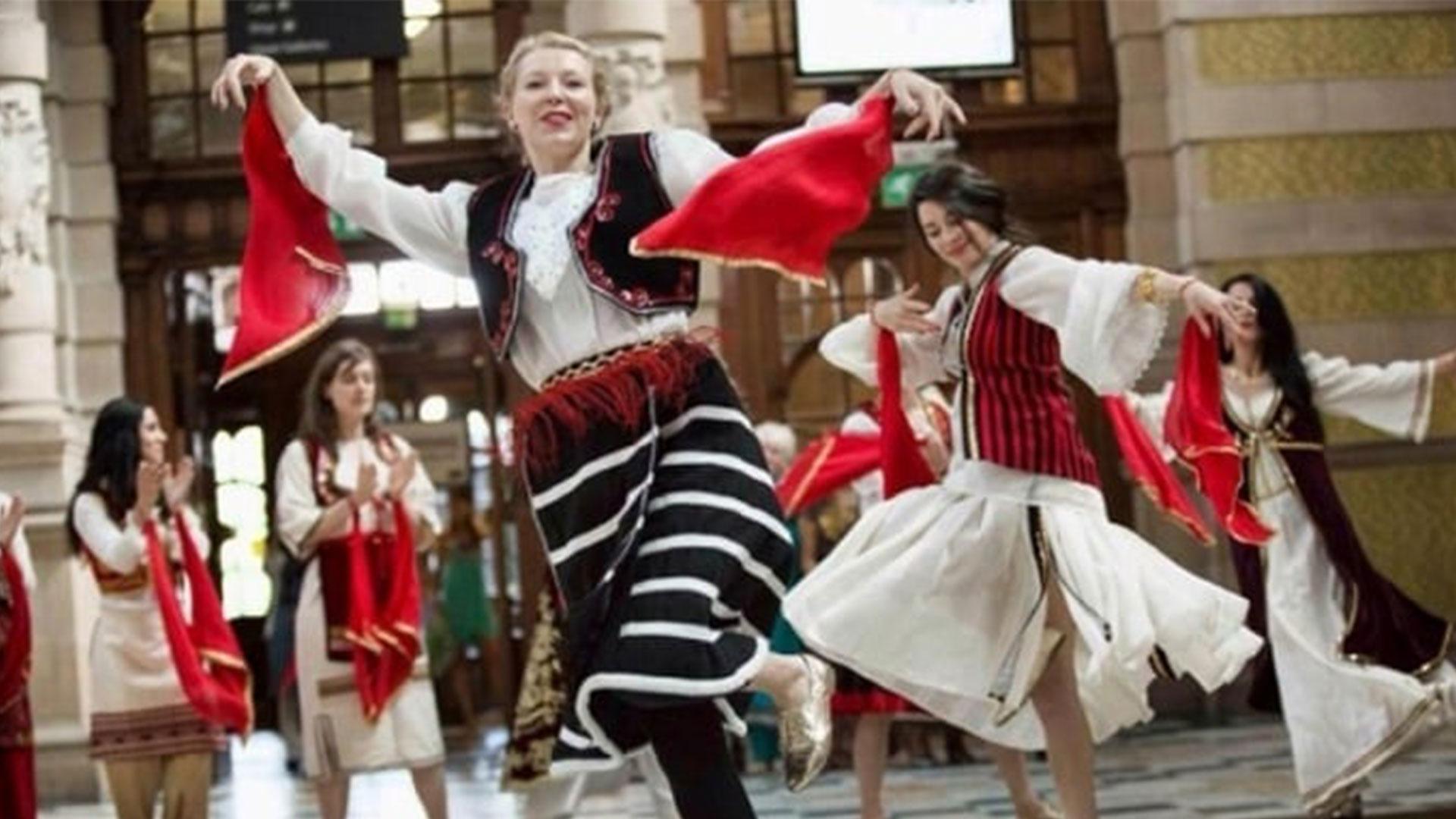 Albanian-Traditional-clothing-3