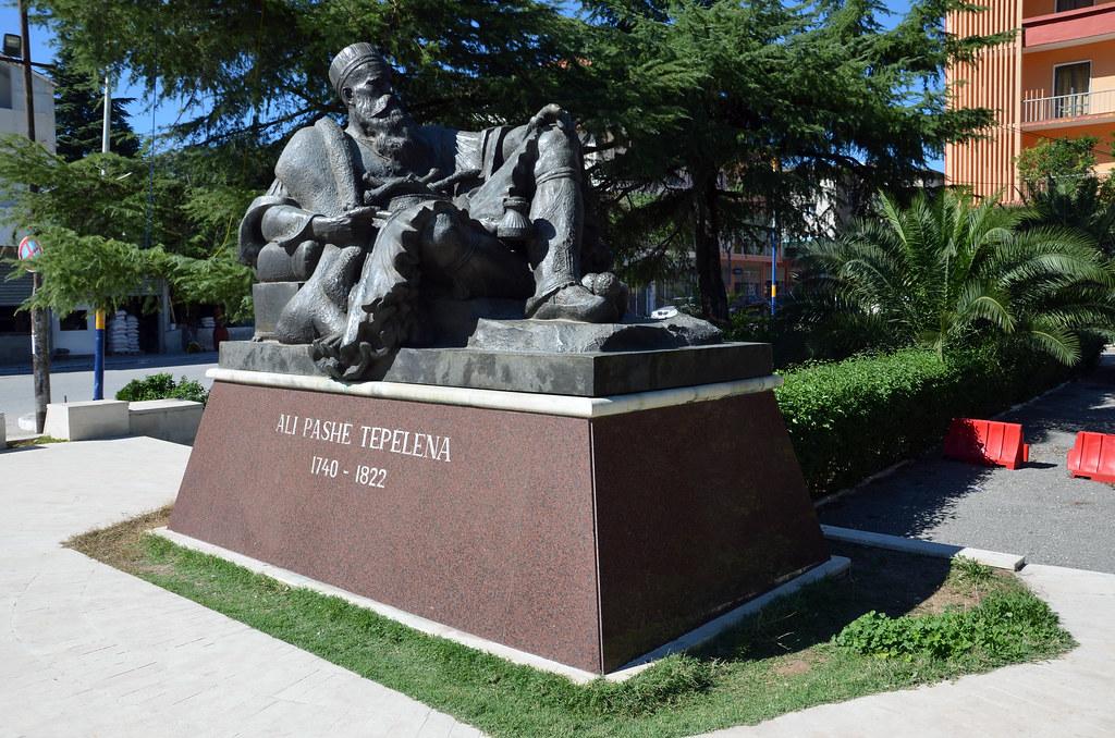Ali Pashe Tepelena Statue -3