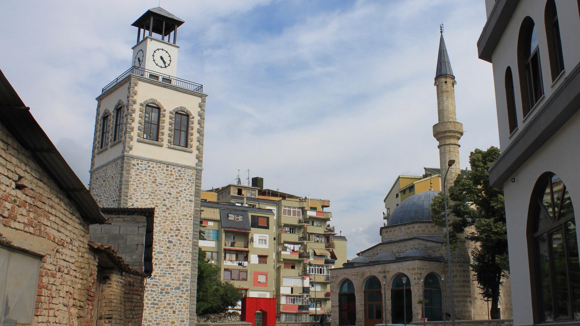 Day8-Leskovik-Korce_0000s_0001_Mirahor Moschee-03