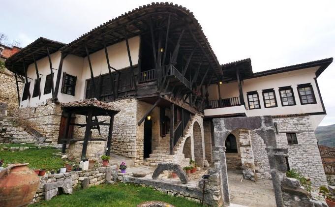 Ethnographic Museum, Berat -5