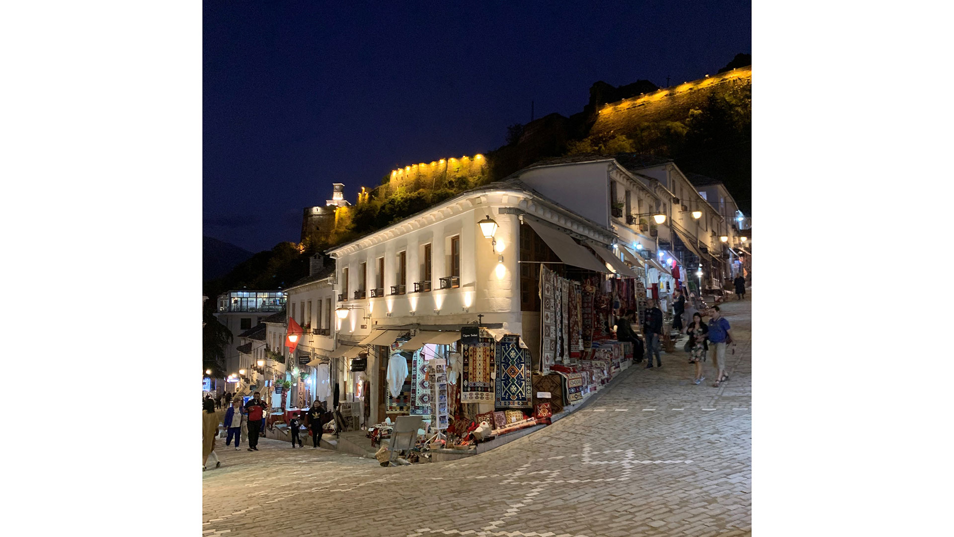 Gjirokastra-by-night–5