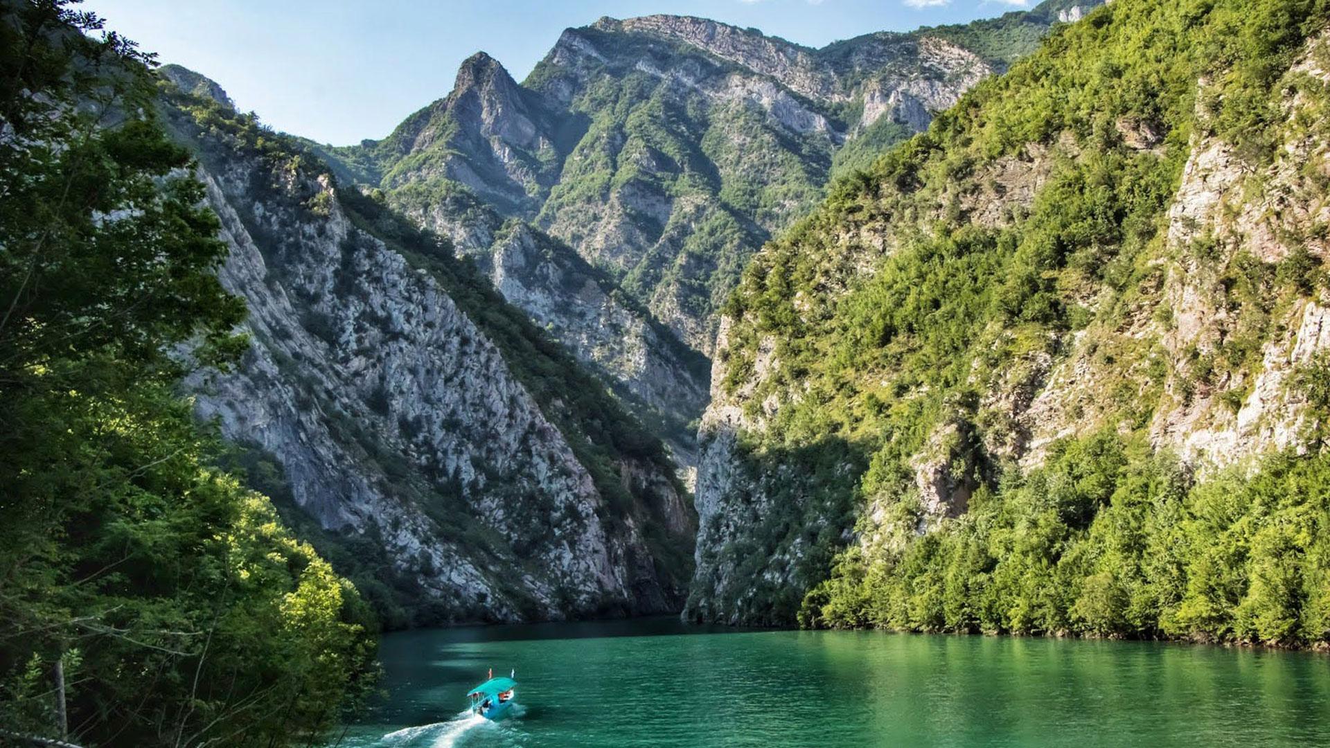 Koman-Lake–4