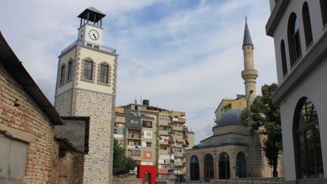 Mirahor-Mosque,-Korca-1