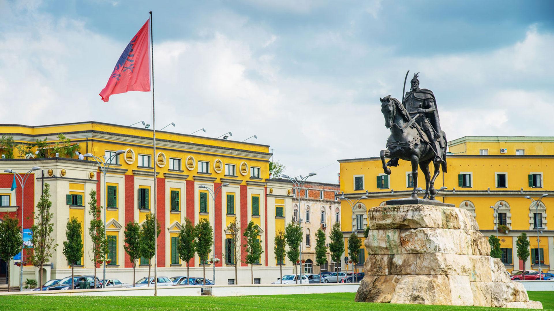 Skanderbeg-Square-1